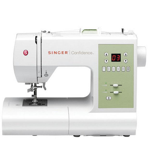 Singer_sewing_machine_large
