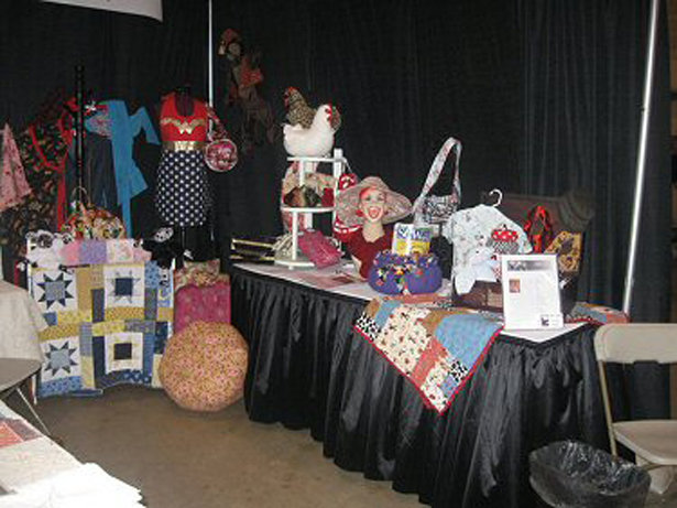 06-booth1_large