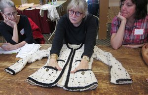 Couture_sewing_medium