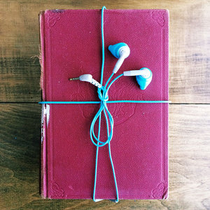Audiobook-sewing_medium