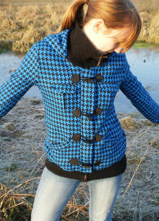 Blue_jacket_-_christmas_present_nahwunder_fullscreen