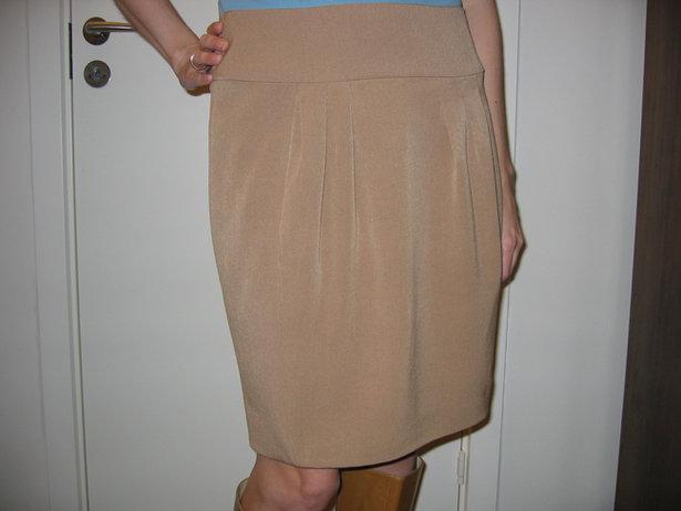 Annetteb_skirt_front_large