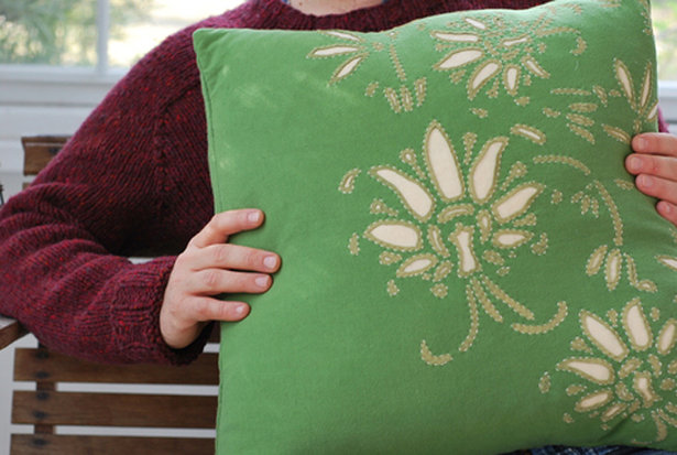 Amisha_-_alabama_pillow_large