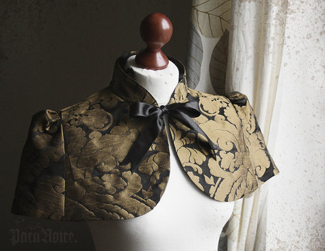 Anouschka_capelet_in_black_gold_jacquard_large