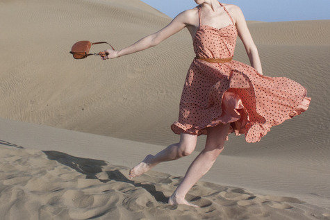 Vintage_polkadot_dress_cosecosequetepillo_fullscreen