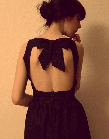 Black_with_open_back_-_maryy_fullscreen