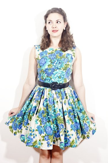 The_blue_rose_frock_-_mollykatherine_small_ver