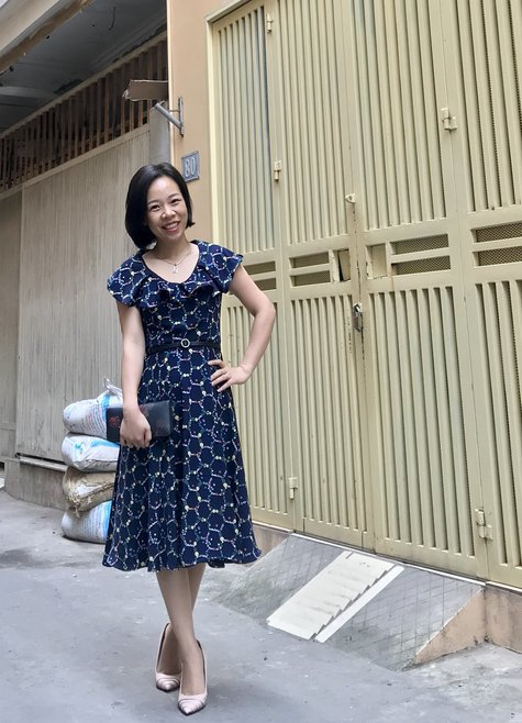 Retro_ruffled_neckline_dress_large_fullscreen