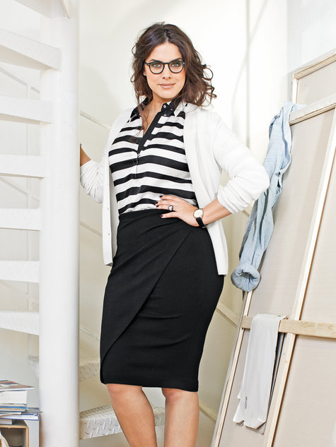 Pencil Skirt (Plus Size) 03/2013 #145 – Sewing Patterns | BurdaStyle.com