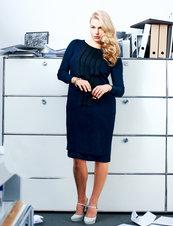 144_0812_b_front_pleat_dress_listing