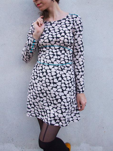 Piped_dress_-_lejditea_large