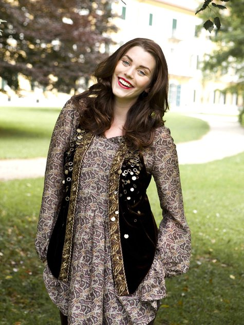 Bohemian Vest (Plus Size) 11/2010 #140 – Sewing Patterns ...