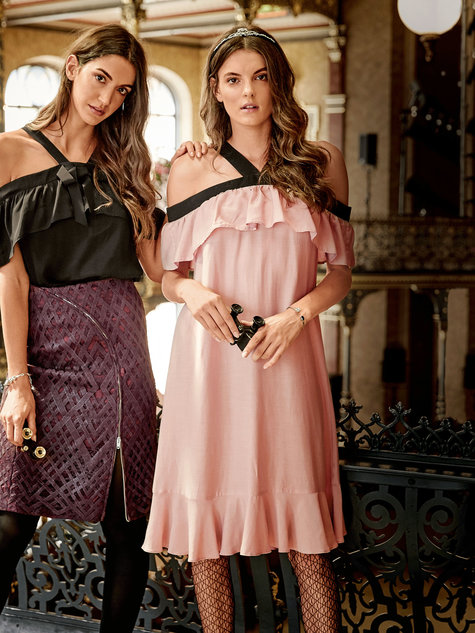 7242dbeacbd090 Off the Shoulder Ruffle Dress 12/2016 #123 – Sewing Patterns ...