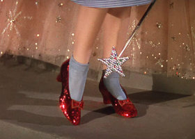 Wizard_of_oz_00i_m_drowning_in_footwear_show
