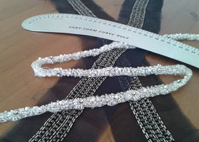 Picture_with_beaded_trim_show
