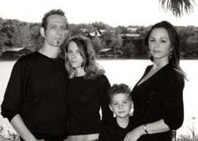 Debbie_cropped_frm_family_portrait-black_and_white_show
