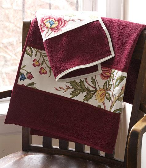 Fancy_towels_01_large
