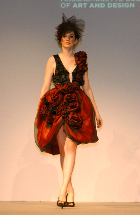 Fashion_show_spring_09_054_large
