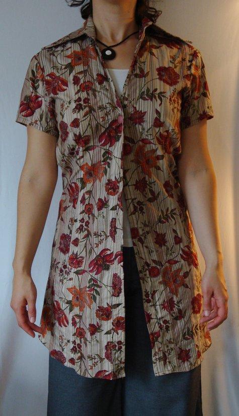 Shortsleevedlongflowershirtfront_large