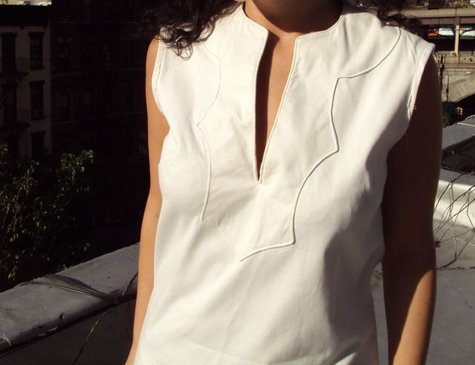 White_shirt_1_large