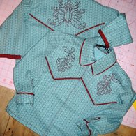 Christmas_outfits_and_onesie_006_listing