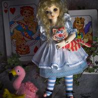 Alice_in_wonderland-2_listing