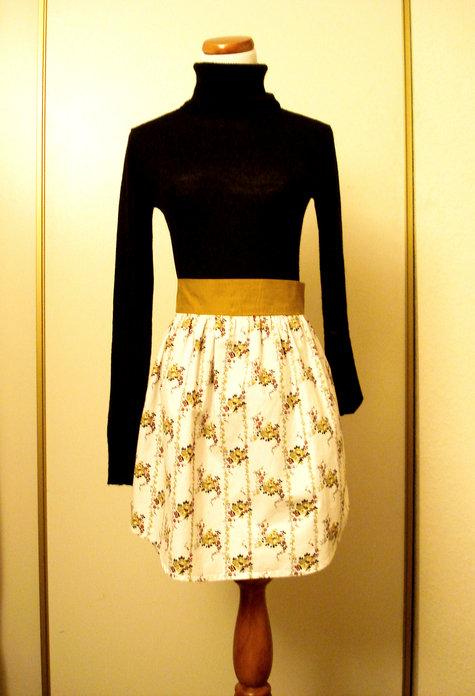 That_damn_skirt_040_large