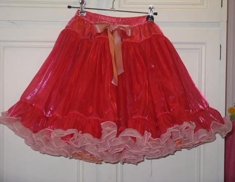 Twirly_skirt_large