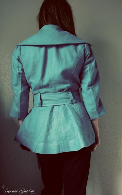 Raindrop_coat_back_large