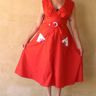 The_dress_that_drove_me_crazy_3_listing