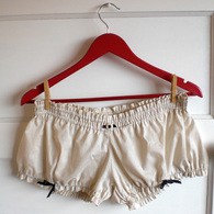 Bloomers_listing
