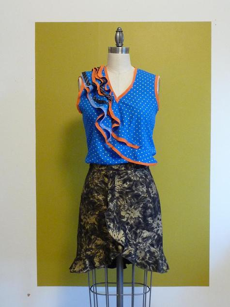 Blue_top_and_skirt_large