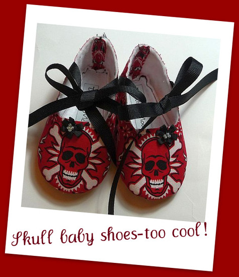 Skull_baby_shoes_large