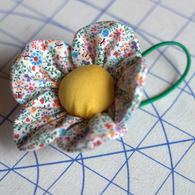 Flower_pincusion_bracelet_nef_listing