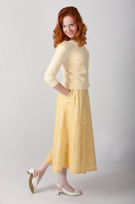 Yellow_skirt_and_sweater_large