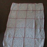 White_blanket_with_pink_trim_listing