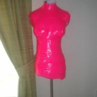 Pink_dress_form_listing
