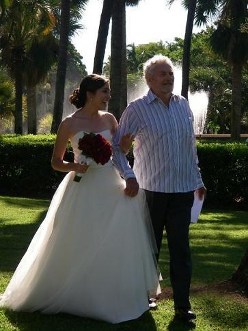 Wedding_dress_2_large