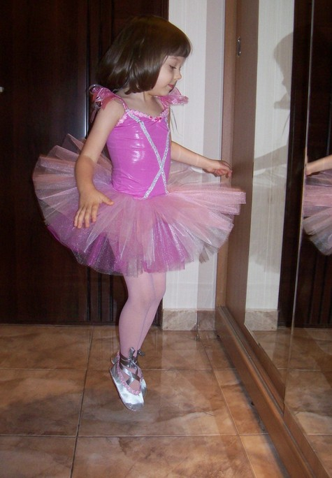 Mica_balerina_roz_large