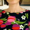 Flower_tunic_neckline_grid