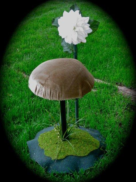 Mushroom_chair_large