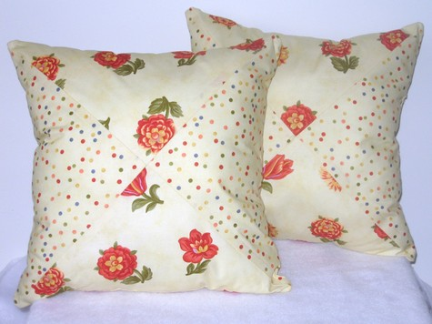Pillows_mitered_dots_roses_2__large