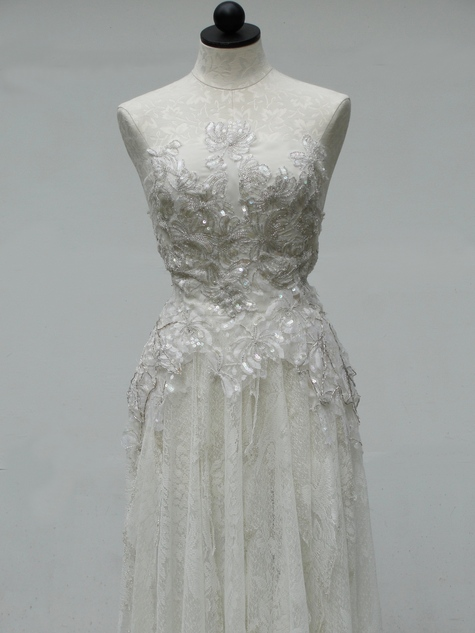 White_sequin_090_large