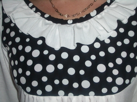 Black_and_white_dots3_large