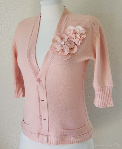 Peachy_sweater_1_large