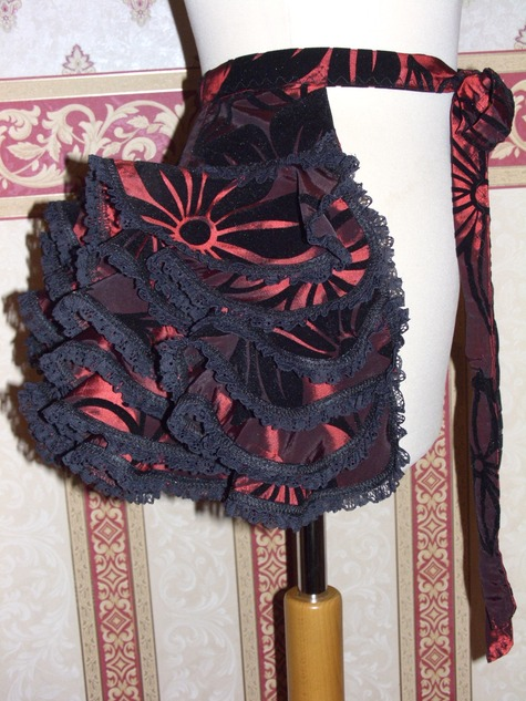 Burlesque ruffle bustle. – Sewing Projects | BurdaStyle.com