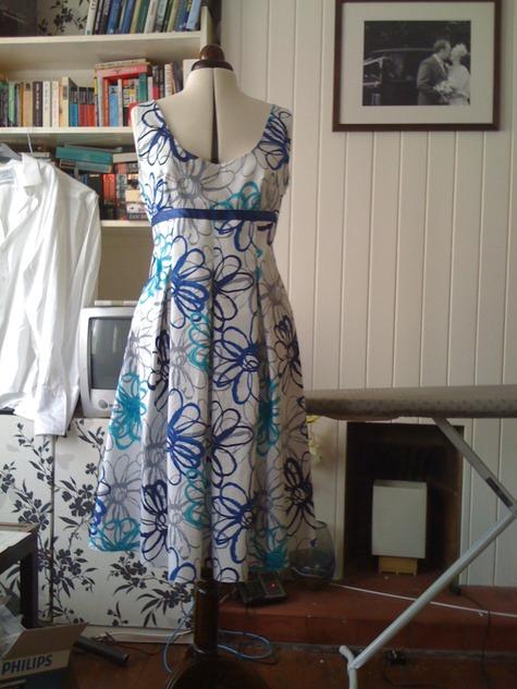 Dresses_005_large