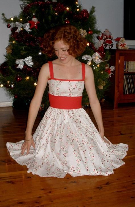 Dec2010xmasdress2_large
