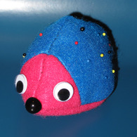 Hedgehog_pincushion_004a_listing