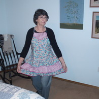 House_wench_apron_listing